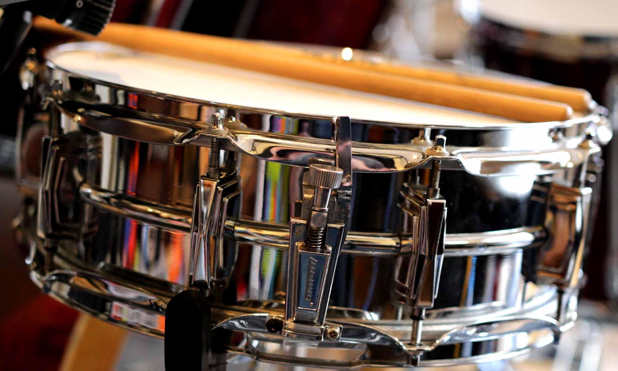 how to play drums beginner drums. Black Bedroom Furniture Sets. Home Design Ideas